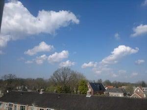 Z clouds 2Leo